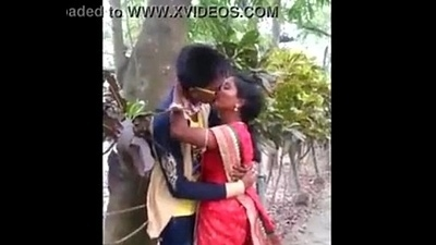 Indian Aunty caught kissing close by woodland - 20 secondly   xvideos.com d28b9e91ad6f1a91