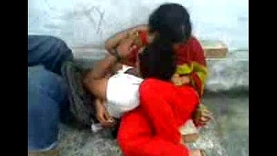 Bangladeshi School guy romance in Park - Surrounding Bangla Audio - Wowmoyback