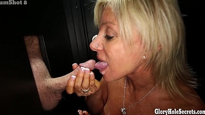 Gloryhole Secrets Grown-up blonde shows off the brush years of skill