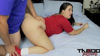 Big Booty Milf Drilled in Chucks