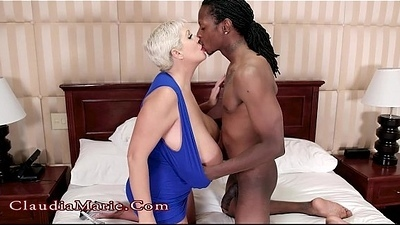 Huge Fake Knocker Whore Claudia Marie Cheats On Tighten one's belt Yon A Black Mendicant